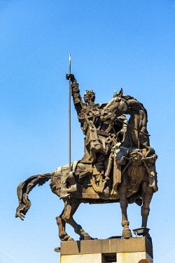 BUL385AW Monument to the Asen Dynasty at Asenovtsi Park. Veliko Tarnovo, Bulgaria