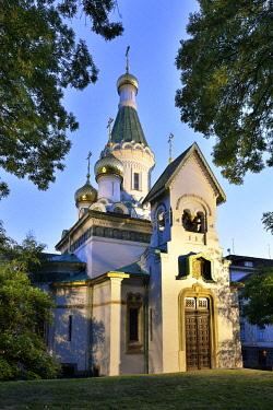BUL392AW St Nikolai Russian Church (Church of St Nicholas the Miracle-Maker) at dusk. Sofia, Bulgaria