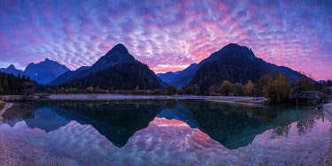 SLV1512AW Jasna Lake at Sunset, Julian Alps, Triglav National Park, Slovenia