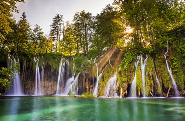 EU32BJY0186 Europe, Croatia, Plitvice Lakes National Park. Waterfall landscape.