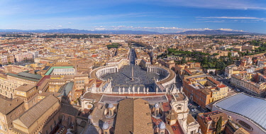 IT01912 Italy, Lazio, Rome, The Vatican, St Peter's Square from St Peter's Basilica