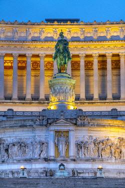 IT01958 Italy, Lazio, Rome, Vittorio Emanuele II Monument, Altare della Patria