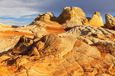 US03BJY0695 USA, Arizona, Vermilion Cliffs National Monument. Striations in sandstone formations