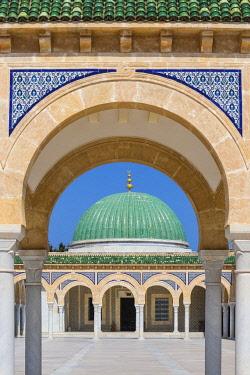 TU02054 Tunisia, Monastir, Bourguiba mausoleum