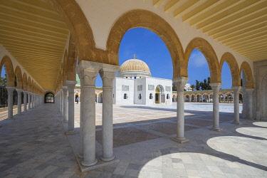 TU02069 Tunisia, Monastir, Bourguiba mausoleum