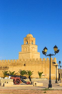 TU02157 Tunisia, Kairouan, Great Mosque