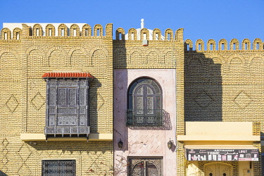 TU02178 Tunisia, Kairouan, Decorative wooden window of house in the Madina