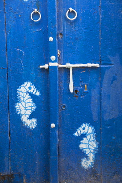 TU02239 Tunisia, Bizerte, Door in the old port