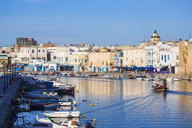 TU02261 Tunisia, Bizerte, The Old Port