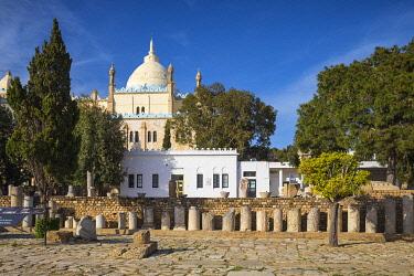 TU02279 Tunisia, Tunis, Carthage, Byrsa Hill, St Louis Cathedral