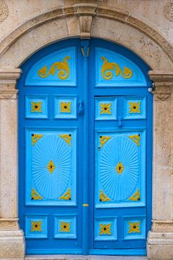 TU02339 Tunisia, Picturesque whitewashed village of  Sidi Bou Said