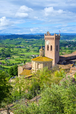 ITA14656AW Cathedral of Sant'Assunta and Santo Genesio and the cathedral's campanile, the Matilde Tower, San Miniato, Tuscany, Italy, Europe.