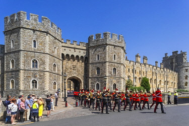 TPX70822 England, Berkshire, Windsor, Windsor Castle, Changing The Guard Ceremony