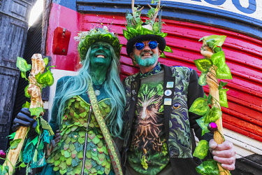 TPX71085 England, East Sussex, Hastings, The Annual Traditional Jack in the Green Festival aka The Green Man May Day Festival, Couple of Parade Participants in Costume