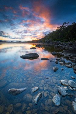 AUS3386AW Lake St. Claire. Cradle Mountain National Park, Derwent Valley, Tasmania, Australia