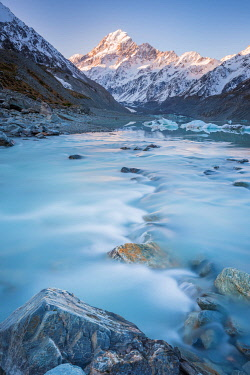 NZ9354AW Milky glacial water runnning from Hooker Lake. Mount Cook, Otago, South Island, New Zealand