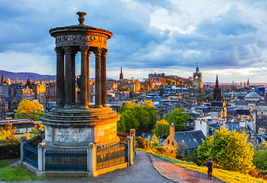 SCO35460 UK. Scotland. Edinburgh. The Dugald Stewart Monument atop Calton Hill overlooking the Old City of Edinburgh.