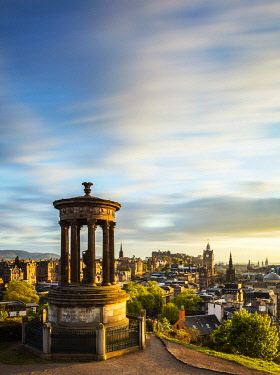 SCO35462 UK. Scotland. Edinburgh. The Dugald Stewart Monument atop Calton Hill overlooking the Old City of Edinburgh.