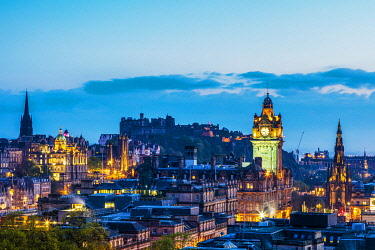 SCO35463 UK. Scotland. Edinburgh. Detailed overview of the New Town of Edinburgh with the Balmoral Hotel Clock Tower and the Scott Monument in the foreground. Unesco.