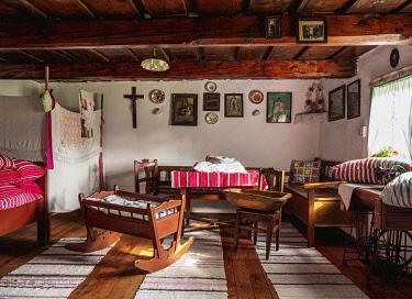 SLV1542AW Hut interior, Open Air Museum at Stara Lubovna, Presov Region, Slovakia