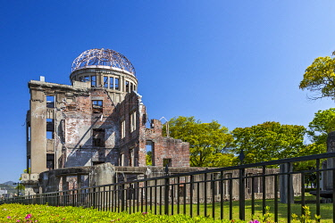 JAP2047 The Hiroshima Atomic Bomb Dome Building located at the explosion hypocentre, Kamiyacho, Hiroshima Ken, Japan.