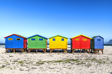 SAF7604AWRF Colorful beach houses on the beach, Muizenberg, Cape Town, Western Cape, South Africa