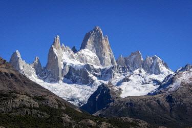 ARG3115AW Fitz Roy mountain, Sendero al Fitz Roy, UNESCO, Los Glaciares National Park, El Chalten, Santa Cruz Province, Argentina