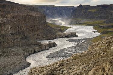 ICE4148AW Canyon of Jokulsa a Fjollum river in Jokulsargljufur National Park near Dettifoss, Myvatn region, Northern Iceland, Iceland