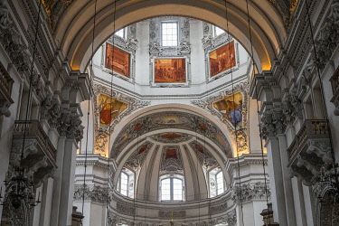 HMS3253170 Austria, Salzburg, historical center listed as World Heritage by UNESCO, the dome of Dom Cathedral, dating from the 17th century, baroque decor