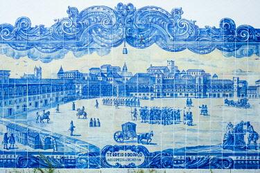 HMS3358615 Portugal, Lisbon, Alfama district, Miradouro de Santa Luzia, historical panels in azulejos on the wall of Santa Luzia church