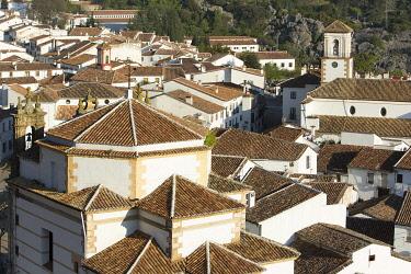HMS3295839 Spain, Andalucia, Province of Cadiz, Grazalema, Sierra de Grazalema Natural Parc, White village (Pueblos Blancos) on the White Villages road (Ruta de los Pueblos Blancos)