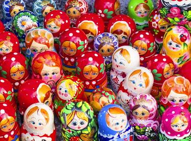 RUS2091AWRF Traditional Russian nesting dolls, or matryoshka, on sale in Saint Petersburg, Russia