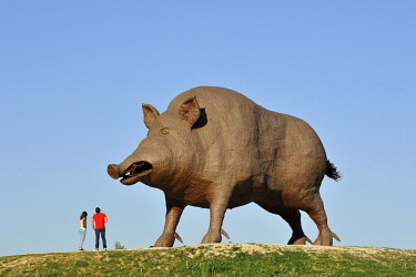 HMS3277199 France, Ardennes, Saulces Monclin, Woinic, the largest boar in the world, monumental sculpture of 50 tonnes and measuring 14 meters by sculptor Eric Sleziak between 1983 and 1993