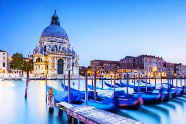 ITA14893 Italy. Veneto. Venice. The Santa Maria della Salute Church on the Gran Canal.