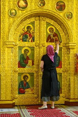 RUS2120 Russia, Tatarstan, Kazan Kremlin. The Annunciation Cathedral. Entrance to the iconostasis.