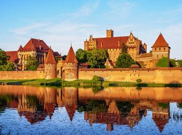 POL2084AWRF Castle of the Teutonic Order in Malbork, Pomeranian Voivodeship, Poland