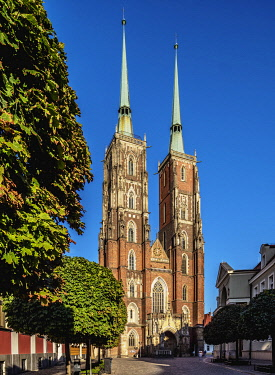 POL2280AW Cathedral at Ostrow Tumski District, Wroclaw, Lower Silesian Voivodeship, Poland