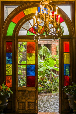 ES09628 Spain, Canary Islands, Tenerife Island, La Orotava, traditional Canarian house with stained glass windows
