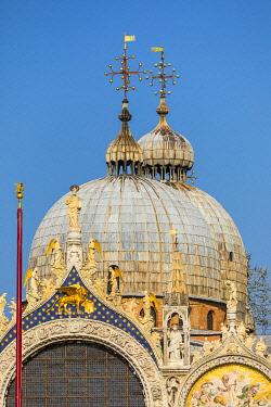 IT02914 Basilica San Marco, Piazza San Marco (St. Mark's Square), Venice, Veneto, Italy
