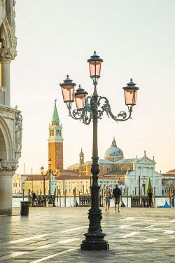 IT021008 San Giorgio Maggiore, Piazza San Marco, Venice, Veneto, Italy