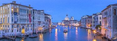 IT021031 Basilica di Santa Maria della Salute, Grand Canal, Venice, Veneto, Italy