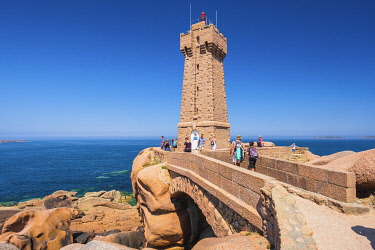 HMS3342168 France, Cotes d'Armor, Pink Granite Coast, Perros-Guirec, on the Customs footpath or GR 34 hiking trail, Ploumanac'h or Mean Ruz lighthouse