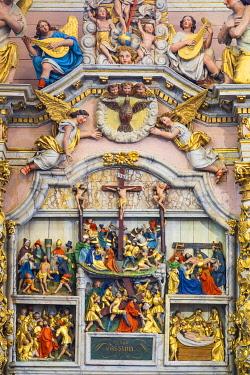 HMS3348659 France, Finistere, Lampaul Guimiliau Parish close, Notre Dame church, 17th century altarpiece of Passion