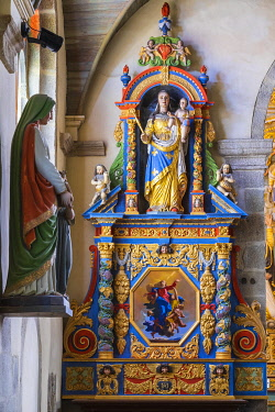 HMS3348727 France, Finistere, Saint Thegonnec, step on the way to Santiago de Compostela, the Parish close of the 16th and 17th centuries, Notre Dame church, Notre Dame du Vrai Secours altarpiece and Rosary alta...