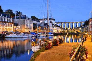 HMS3483862 France, Finistere, Morlaix, The Harbour and the viaduct