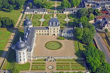 HMS3532665 France, Indre, Berry, Loire Castles, Chateau de Valencay (aerial view)