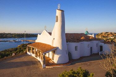 IT12363 Italy, Sardinia, Sassari Province, Costa Smeralda, Porto Cervo, Stella Maris Church by architect Michael Busiri Vici