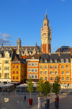 FR389RF The Grand Place and Lille Chamber of Commerce Belfry, Lille, France,