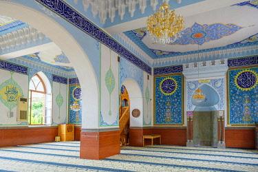 GEO0481AW Jamma (Jumah) Mosque interior, Tbilisi (Tiflis), Georgia.