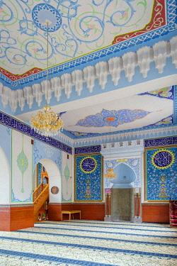 GEO0482AW Jamma (Jumah) Mosque interior, Tbilisi (Tiflis), Georgia.